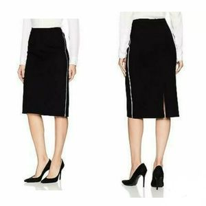 ELLEN TRACY Pencil Skirt with Contrast Piping